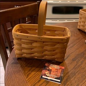 Longaberger Basket, like!!